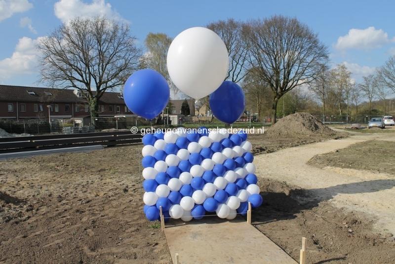2014-03-25 Eerste steen legging bron Arie Westerhuis (10000).JPG