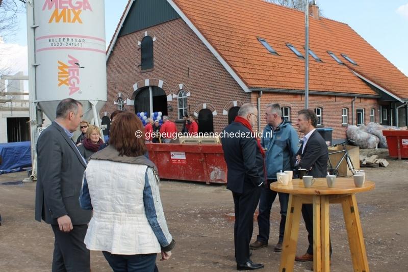 2014-03-25 Eerste steen legging bron Arie Westerhuis (10005).JPG
