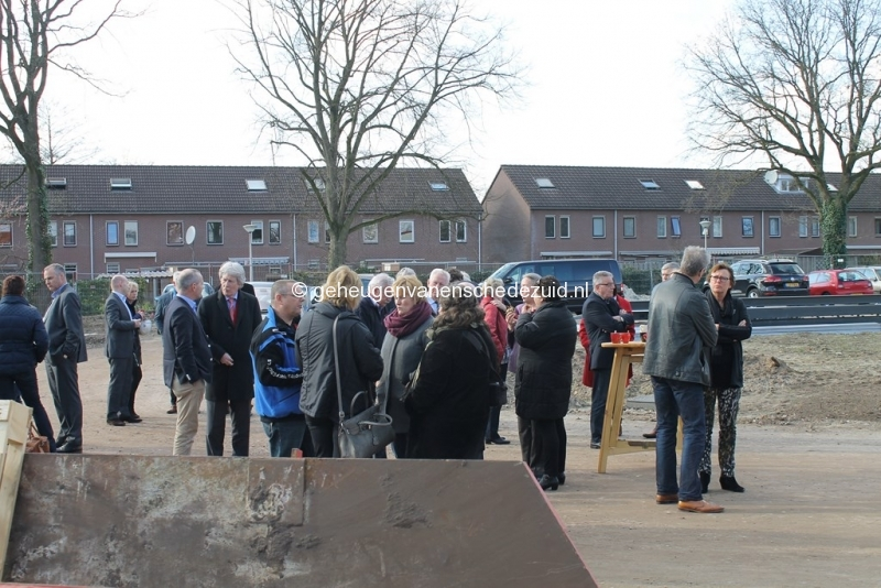 2014-03-25 Eerste steen legging bron Arie Westerhuis (10007).JPG