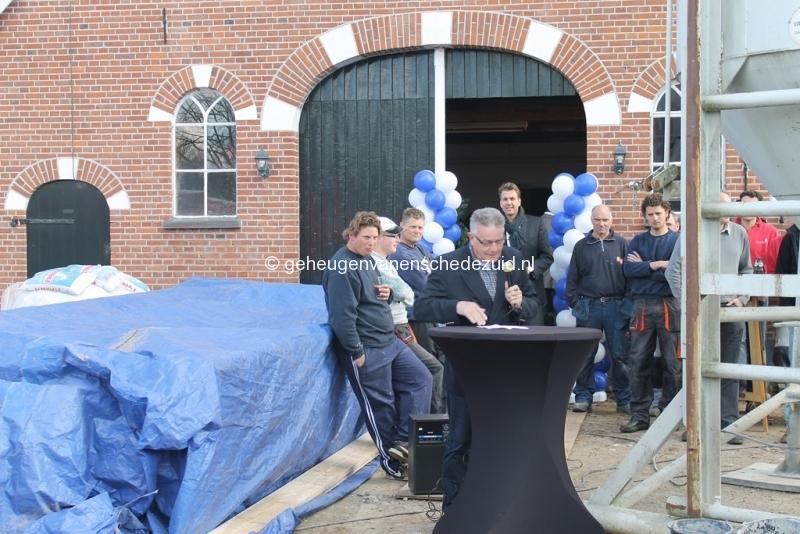 2014-03-25 Eerste steen legging bron Arie Westerhuis (10009).JPG
