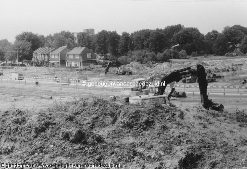 1988-1990 Aanleg  rijksweg 35 Richting Wesselerbrink, omlegging van Veenlaan bron Hans Tietjens (25).jpg