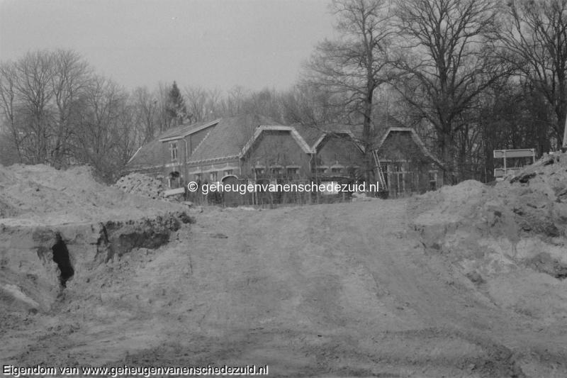 1988-1990 Aanleg  rijksweg 35 Spaansschool naast RW 35 bron Hans Tietjens (81).jpg