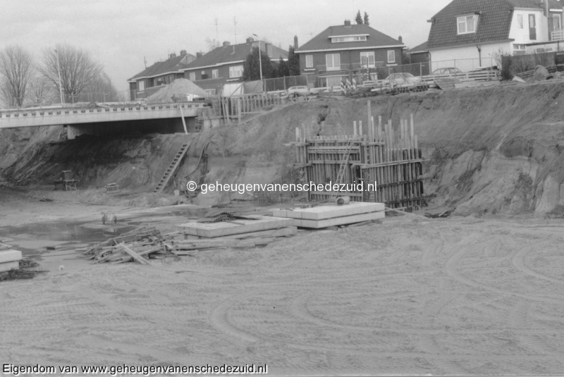1988-1990 Aanleg  rijksweg 35 viaduct van Veenlaan bron Hans Tietjens (69).jpg