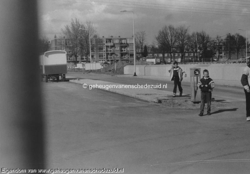 1988-1990 Aanleg  rijksweg 35 viaduct van veenlaan bron Hans Tietjens (90).jpg