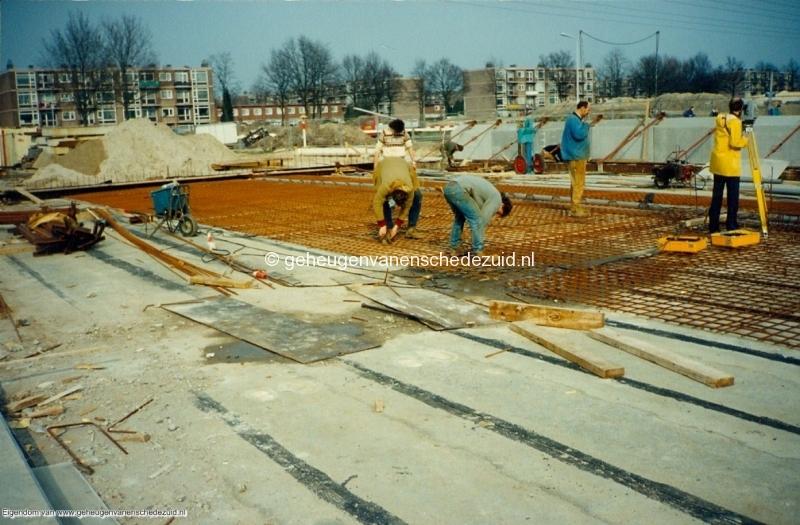 1989 A35 in aanbouw bron Mw Zwiggelaar (13).jpg