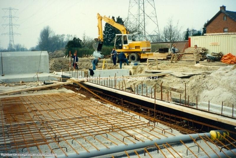1989 A35 in aanbouw bron Mw Zwiggelaar (17).jpg