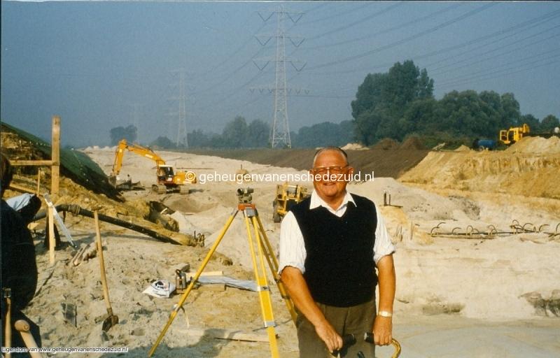 1989 A35 in aanbouw bron Mw Zwiggelaar (19).jpg