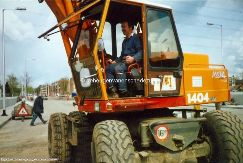 1989 A35 in aanbouw bron Mw Zwiggelaar (29).jpg