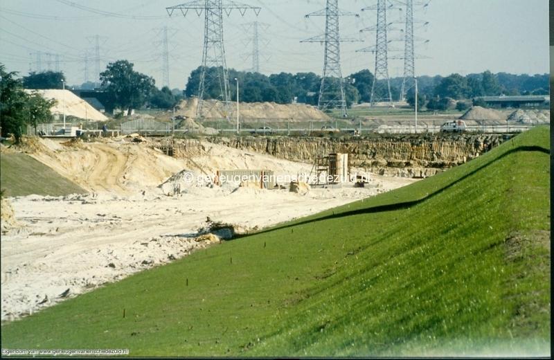 1989 A35 in aanbouw bron Mw Zwiggelaar (3).jpg