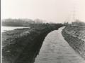 1988-1990 Aanleg  rijksweg 35 Vijver, richting west van Veenlaan, afwatering voor nieuwe vijver noord bron Hans Tietjens (1).jpg