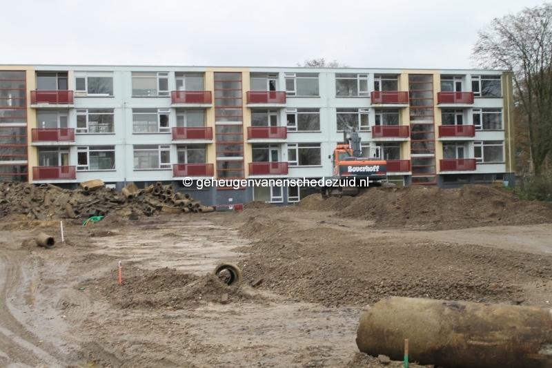 2013-12-05 Het nieuwe Bijvank Infra achterkant flat Sibculobrink.JPG