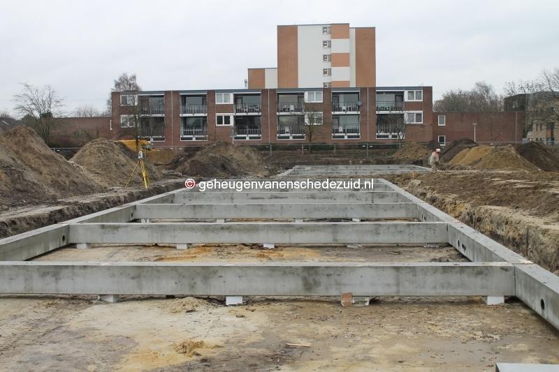 2013-12-05 Het nieuwe Bijvank Marlebrink Fundering leggen  (14).JPG