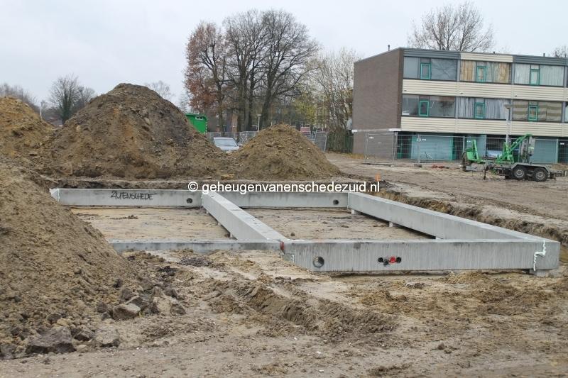 2013-12-05 Het nieuwe Bijvank Marlebrink Fundering leggen  (17).JPG