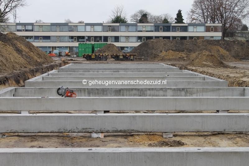 2013-12-05 Het nieuwe Bijvank Marlebrink Fundering leggen  (2).JPG