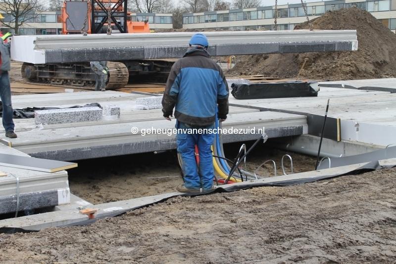 2013-12-17 Het nieuwe Bijvank Lindebrink Betonvloer leggen blok Lindebrink (3).JPG