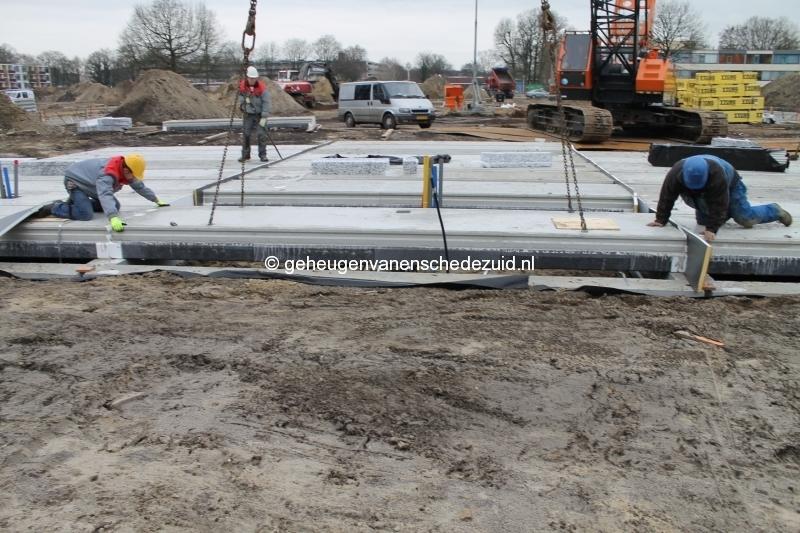 2013-12-17 Het nieuwe Bijvank Lindebrink Betonvloer leggen blok Lindebrink (6).JPG