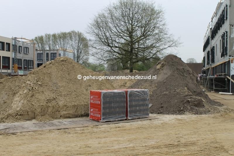 2014-04-04 Het nieuwe Bijvank Contouren Groenstrook tussen Marle en Pollenbrink.JPG