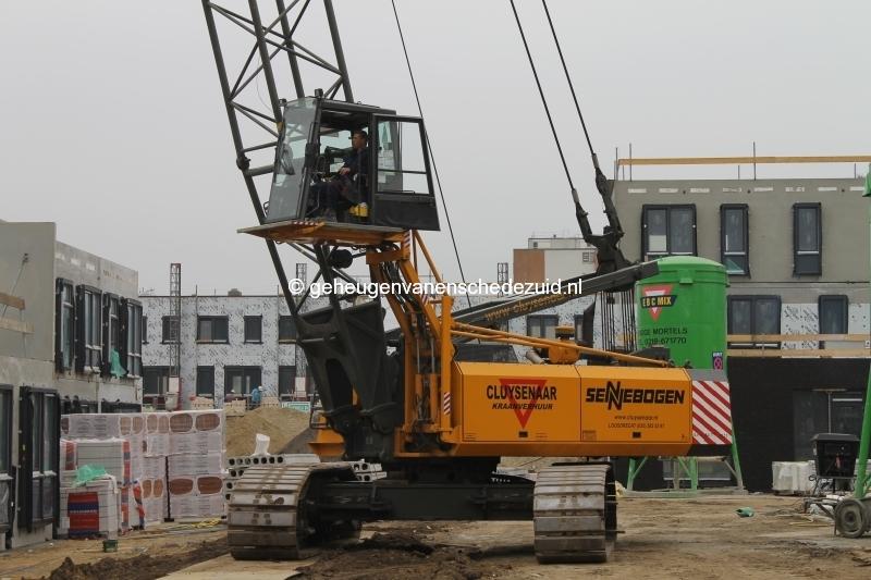 2014-04-04 Het nieuwe Bijvank Kraan voor betonelementen.JPG