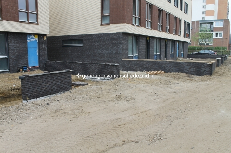 2014-04-04 Het nieuwe Bijvank Marlebrink Tuinmuur Voorkant (1).JPG