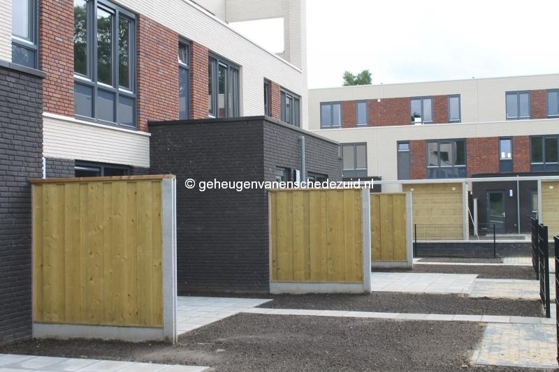 2014-06-05 Het nieuwe Bijvank Achtertuin en schuur (3).JPG