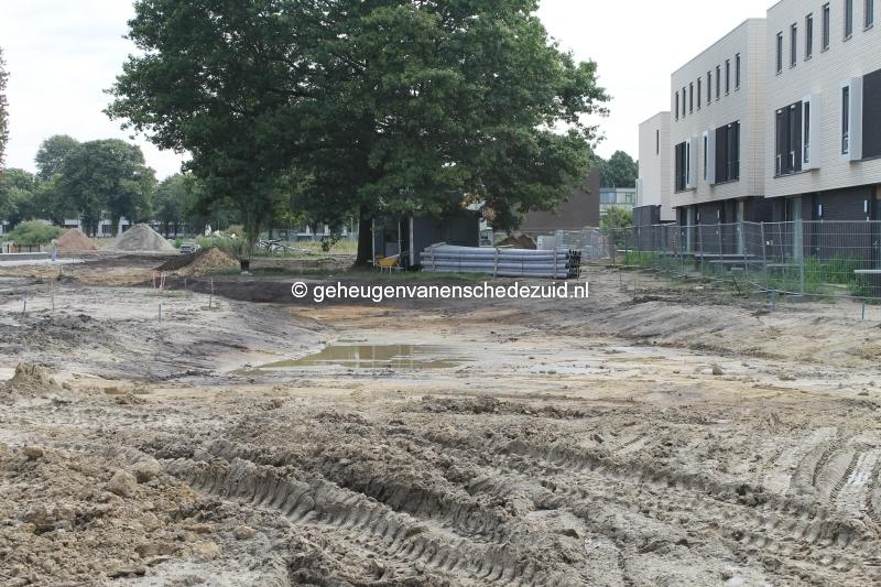 2014-08-22 Het nieuwe Bijvank Contouren groenstrook.JPG