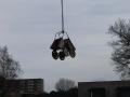 2014-01-07 Het nieuwe Bijvank Lindebrink Cementkarretjes in kraan (Japannetjes).JPG