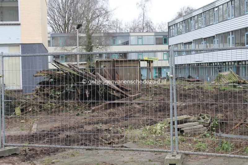 2015-01-09 Tuinen leeg halen  (1).JPG