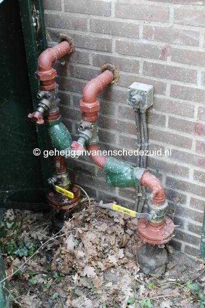 2013-03-25 Stadsverwarming zijkant Pollenbrink 118 (1).JPG