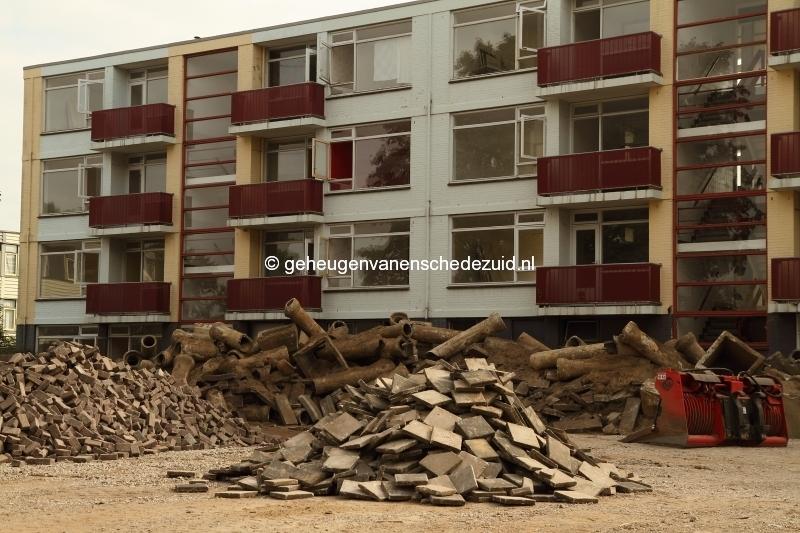 2013-09-04 Achterzijde flat Sibculobrink Bron F van Tellingen.JPG