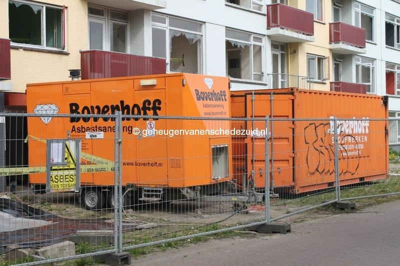 2014-04-24 Sibculobrink asbest verwijderen flat (5).JPG