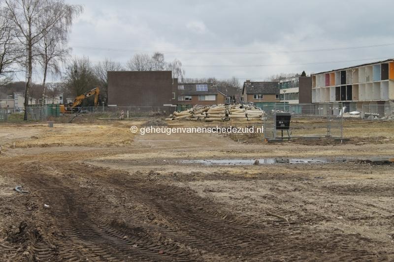 2016-03-22 Zicht vanaf Hekselbrink op sloop+Nieuwbouw Bijvank (1).JPG