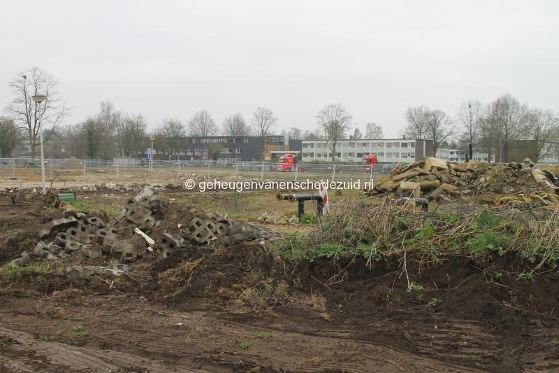 2016-04-06 Zicht vanaf Geessinkweg op school.JPG