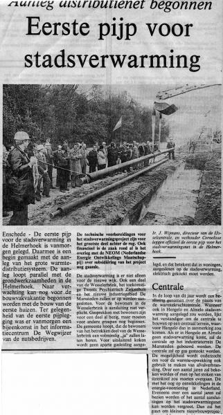 1981-05-08 aanleg stadsverwarming Helmerhoek.jpg