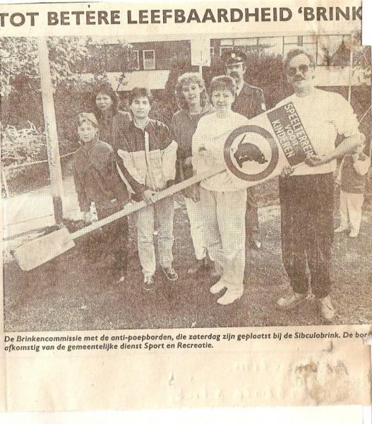 1987 Twentse Courant Brinkencommissie op Sibculobrink - 2.jpg