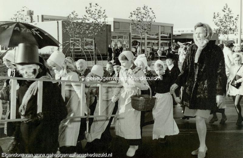 1970, HM van Randwijkschool, Opening Randwijkschool, 6 November 1970, bron Wim Geverink 5.jpg