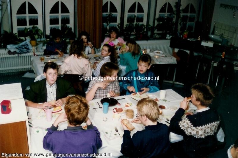 1989-1990, OBS het Bijvank, groep 8, bron Wim Geverink (18).jpg