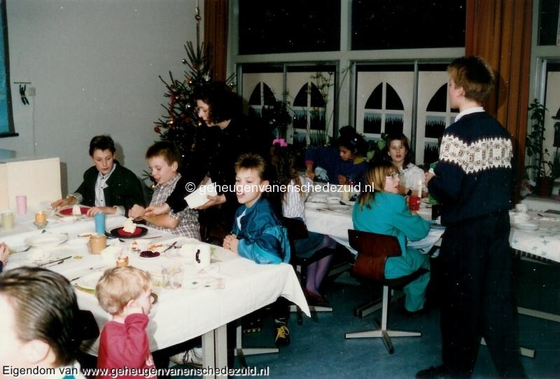 1989-1990, OBS het Bijvank, groep 8, bron Wim Geverink (2).jpg
