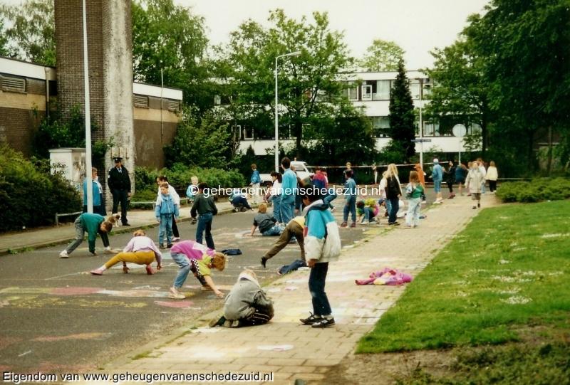 1990-1991, OBS het Bijvank, straattekenen op het Bijvank, bron Wim Geverink.jpg