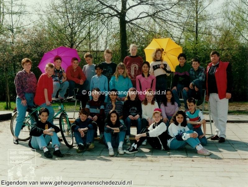 1992-1993, OBS het Bijvank, Groep 8, bron Wim Geverink.jpg
