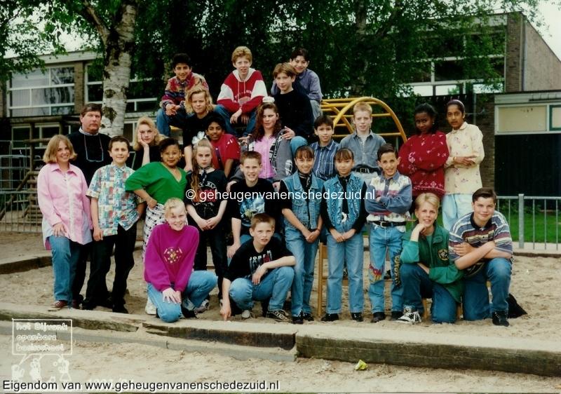 1993-1994, OBS het Bijvank, groep 8, bron Wim Geverink.jpg