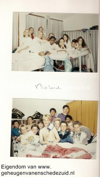 1994 Groep 8 schoolreis naar Vlieland (1).jpg
