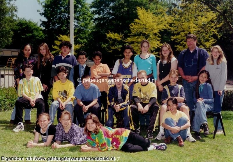 1996-1997, OBS het Bijvank, groep 8, bron Wim Geverink.jpg