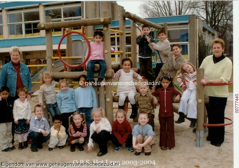 2003-2004, OBS het Lang, kleuterklas, bron Janny Westerhuis.jpg
