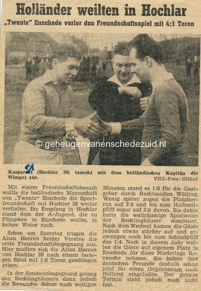 1963 links Joop Weggen bron F Nijhof small.jpg