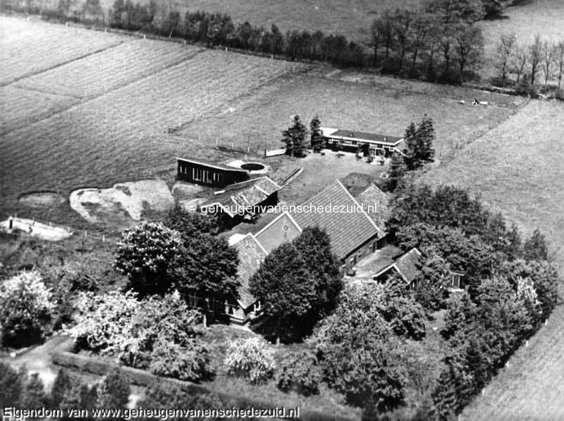 1950 (voor 1950), Broekheurnerondweg 390 Luchtfoto, nu wijk Eikendaal t.o. Park Broekheurne, bron Hanny Maathuis-Assink (2).jpg