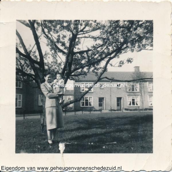 1955, Jasmijnplein mevr Dake-Wientjes, bron mevr Kolkman.jpg