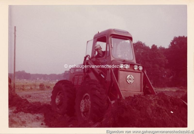 1965 Aanleg riolering Het Lang richting vijver nabij autoweg bron K. Koster (10) (small).jpg