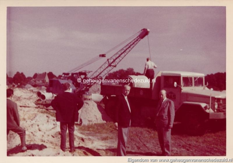 1965 Aanleg riolering Het Lang richting vijver nabij autoweg bron K. Koster (12) (small).jpg