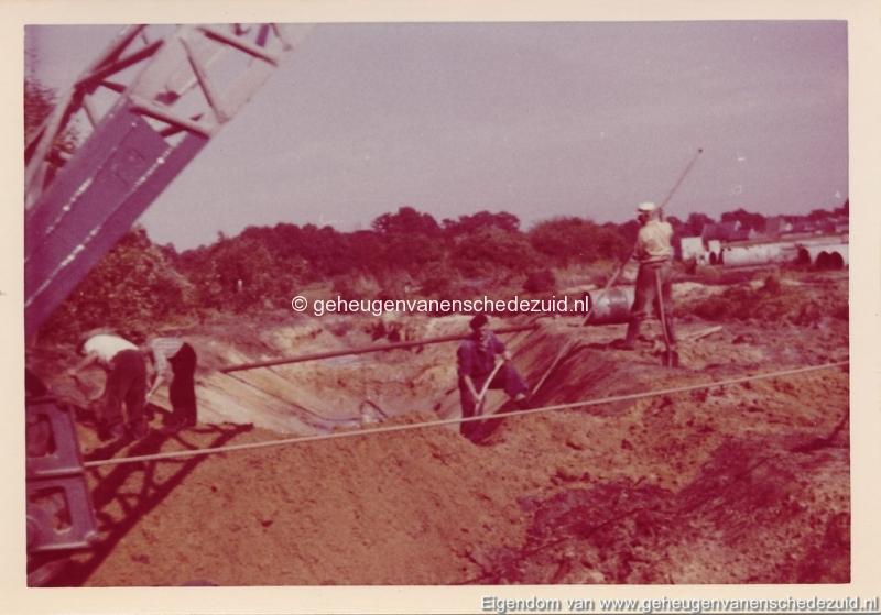 1965 Aanleg riolering Het Lang richting vijver nabij autoweg bron K. Koster (15) (small).jpg