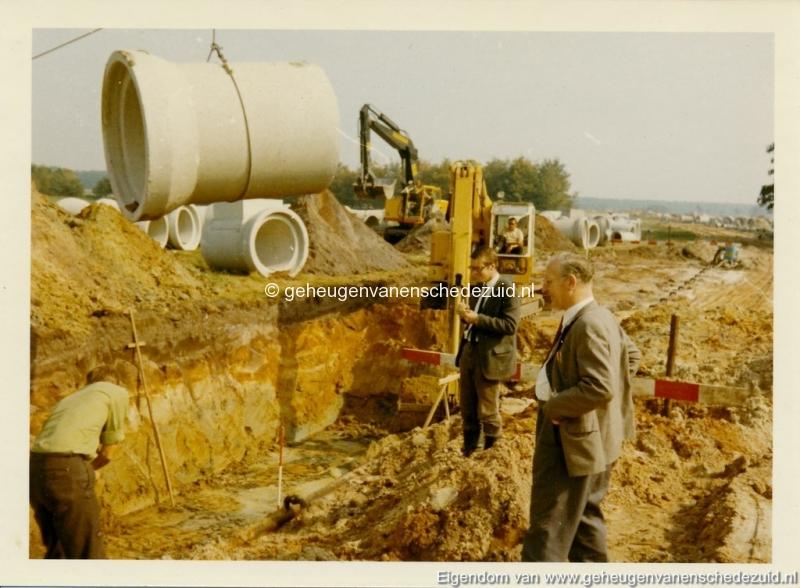 1965 Aanleg riolering Het Lang richting vijver nabij autoweg bron K. Koster (2) (small).jpg